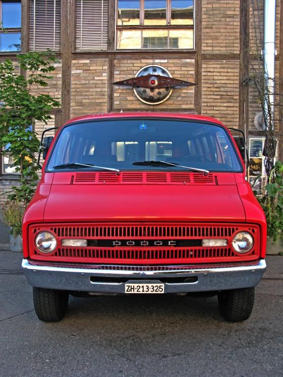 Feuerwehrwagen wird Club-Auto.